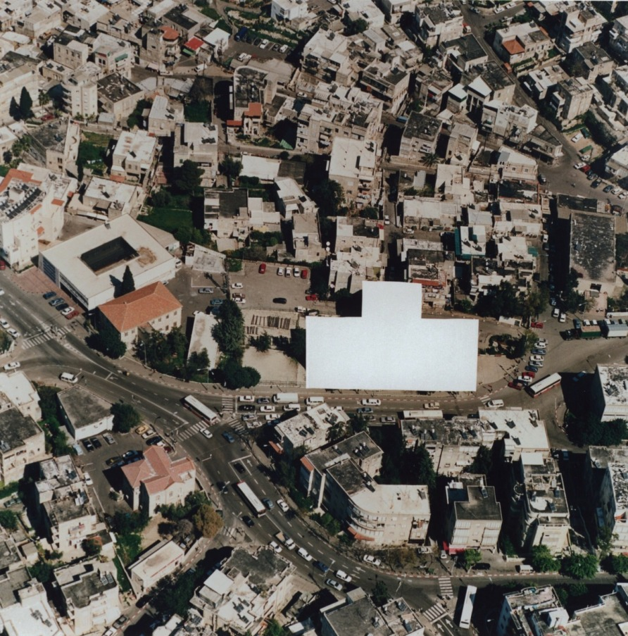 erasing+the+major+museums_ha+1995.jpg
