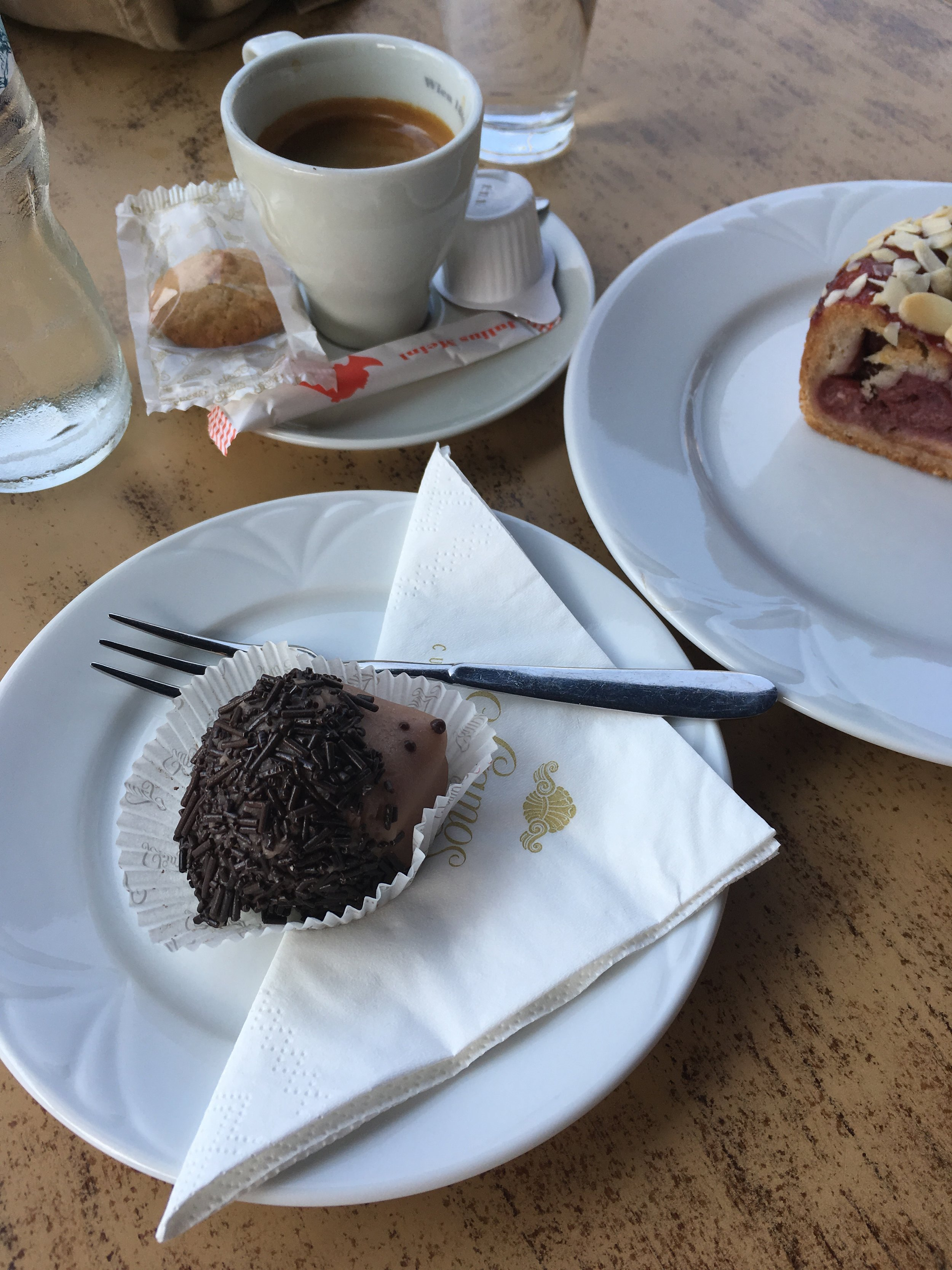 Here is a classic form of entertainment - sitting in a cafe, enjoying a sweet treat and a coffee while indulging in one of my favourite pastimes, people watching! This is one of my favourite cafes in Esztergom, Hungary, it's called  Szamos,  they are famous for their beautiful marzipan creations.