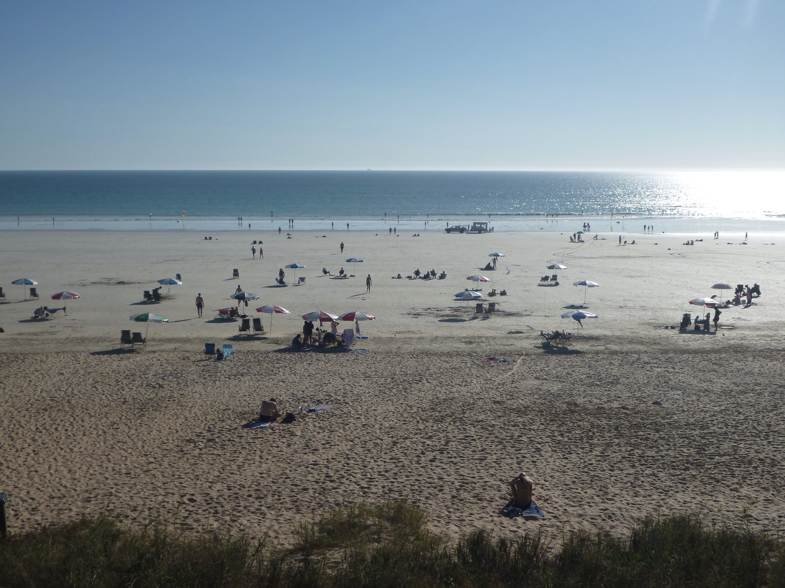 Cable Beach looking magnificent. At low tide it's quite a walk to the sea but it doesn't bother anyone. The beach just goes on and on and it's a lovely spot to kick back and relax.