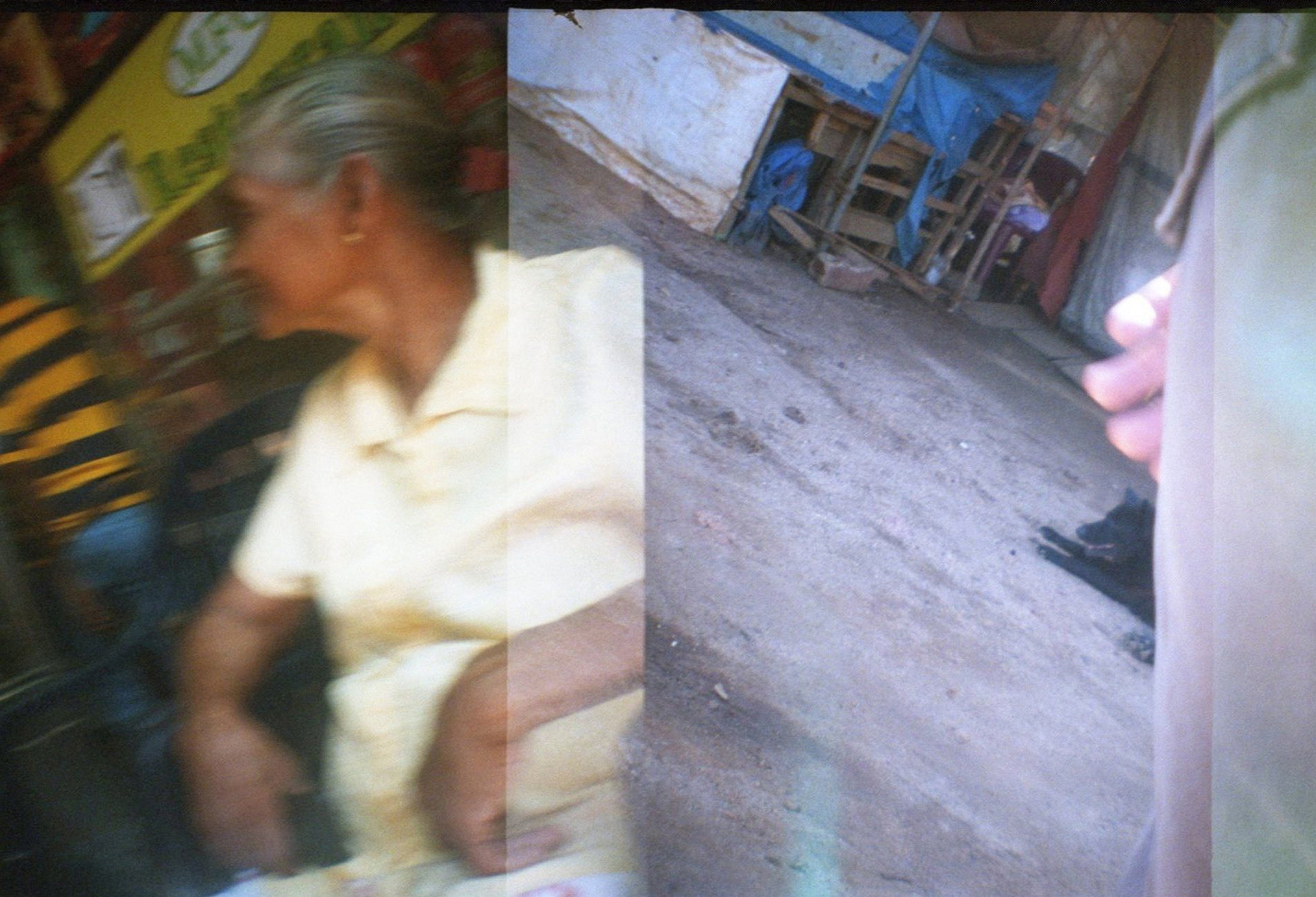Lomo_Sri_Lanka_Oma_1.jpg