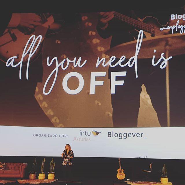 Ya tenemos video resumen de #bloggeverunplugged en el canal de youtube de @intuasturias. Y como ha quedado de bonito.  Algunos de los mejores momentos vividos en imágenes en movimiento, a ver si te encuentras y si no pudiste asistir, no te lo pierdas... (aviso, nos han dicho puede crear adicción) 😉  Link en la  bio🔝🔝 🖥https://youtu.be/wNuqXzWQhlQ  #bloggeverunplugged #bloggeverdecine #intuAsturias  #intupositiveplan #desconexionparaconectar #bloggever #experienciaenvalores