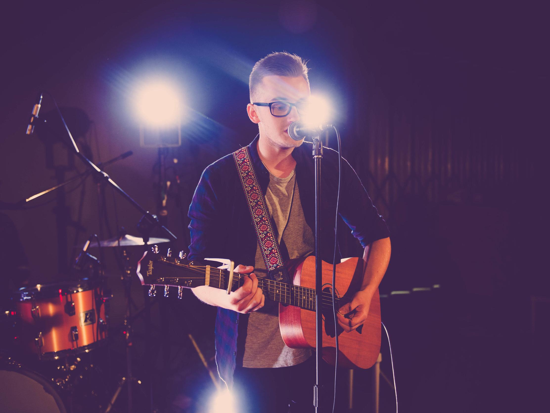 Acoustic Guitarists -