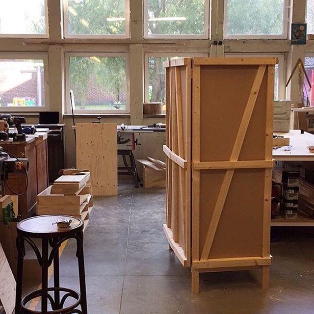 Built an Enzo Mari closet with  @riemervandalen for the Generations exposition @interieur_be 2016 #armadio #closet #autoprogettazione #enzomari #furniture #furnituredesign #wood #diy #interieur #furniture #furnituredesign #wood #woodworking #studiopieterdauwe #customfurniture #madeinbelgium #handmadeinbelgium #madeineurope