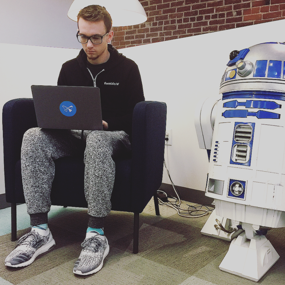 Jacob Johnston, QØ Alumni from Boston 2015, now working at the startup Formlabs