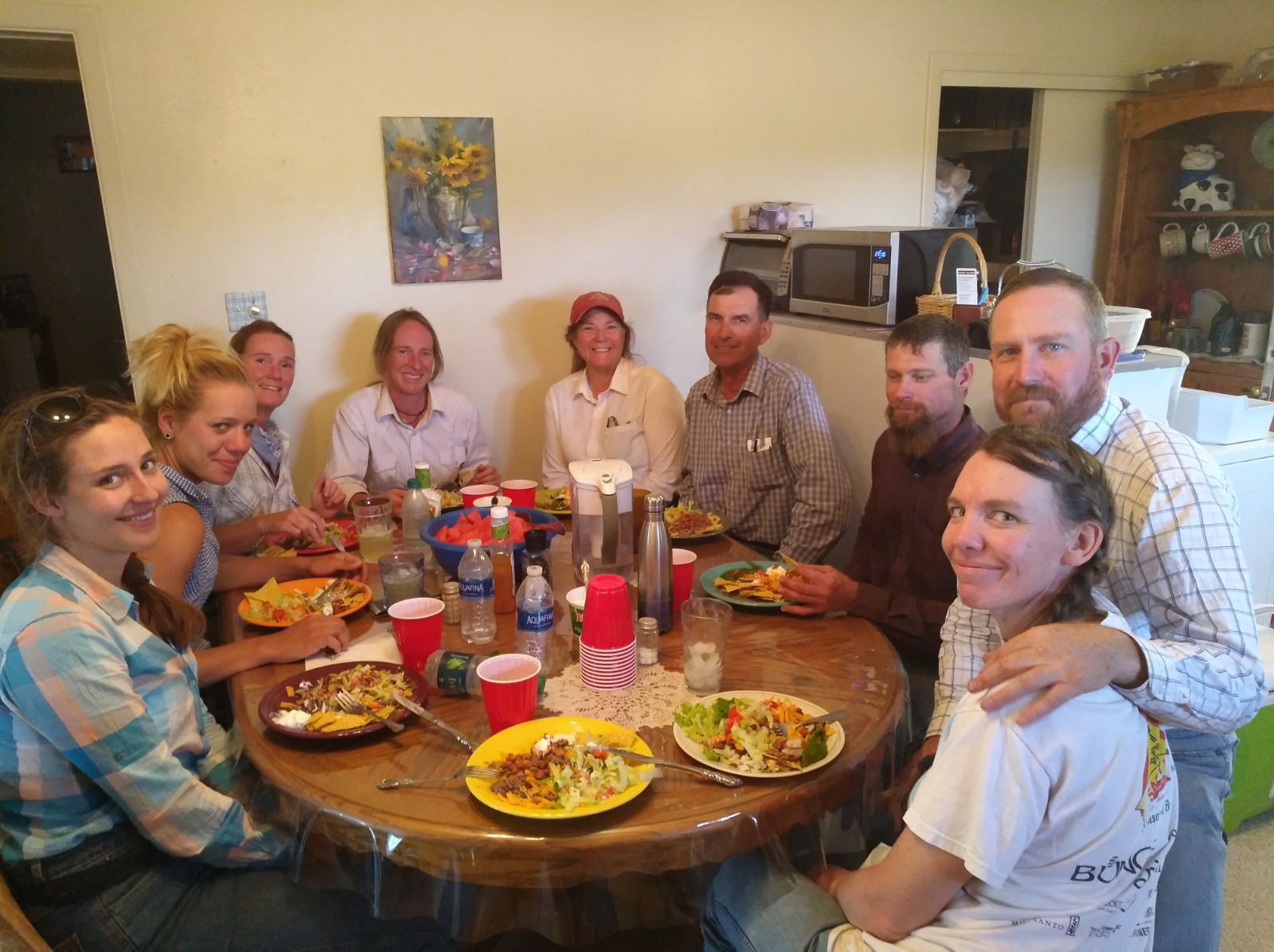 Thanks Katrin for this great picture! Lunch with a bunch of great people! From left to right: Pia, Christina, I, Andy, Dianne, Ethan, Rob, Seth and Rebecca.  Danke Katrin für dieses tolle Foto! Mittagessen mit einem Haufen toller Leute! Von links nach rechts:Pia, Christina, ich, Andy, Dianne, Ethan, Rob, Seth und Rebecca.