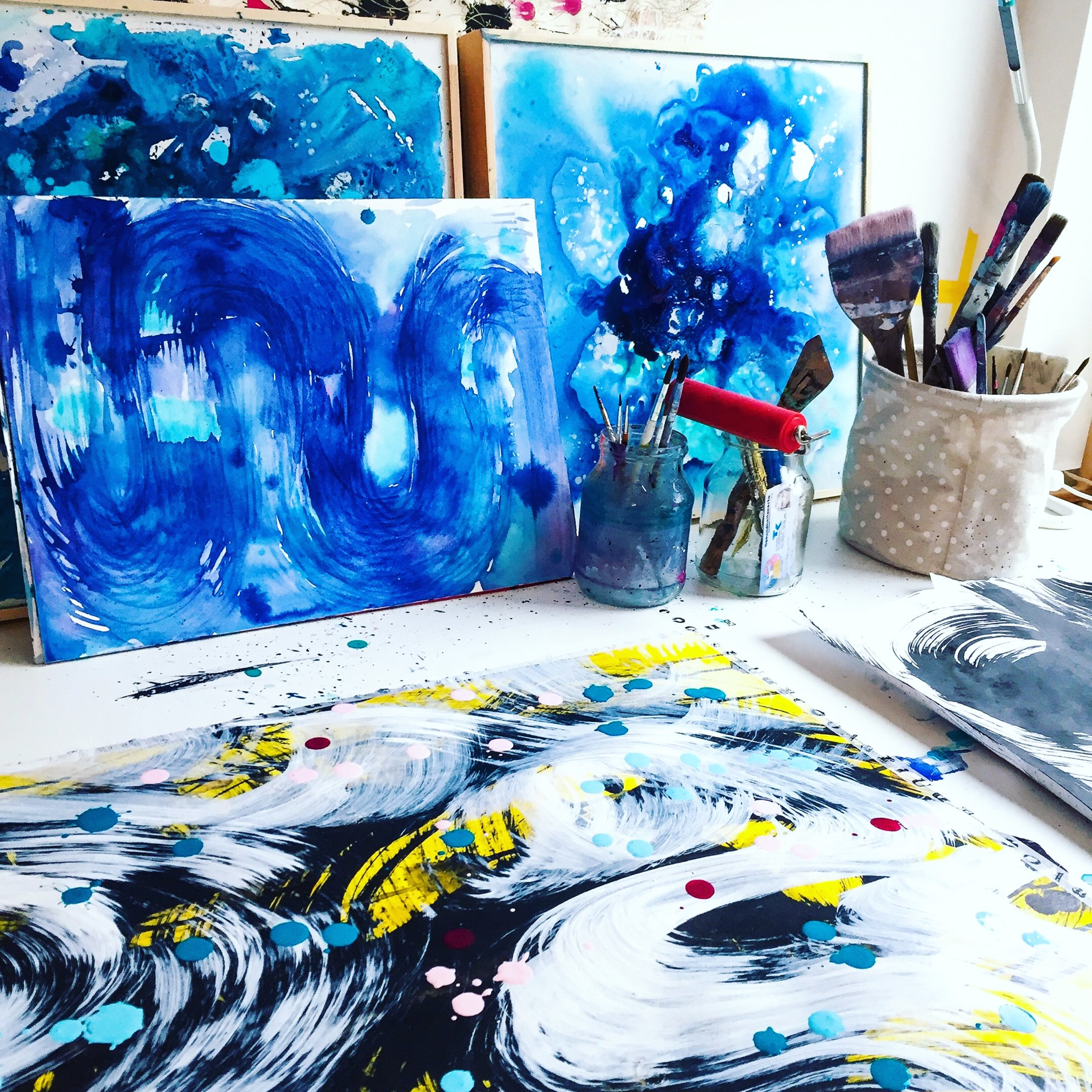 Love how full my studio space gets during an art-making challenge
