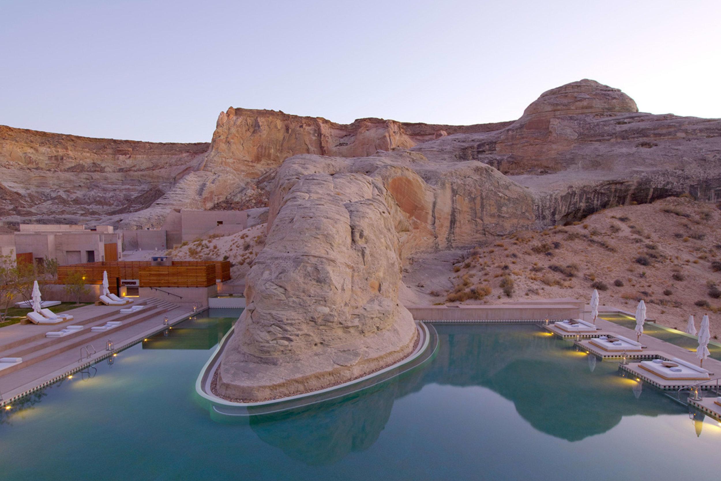 Amangiri Utah swimming pool set in the Arizonia Desert