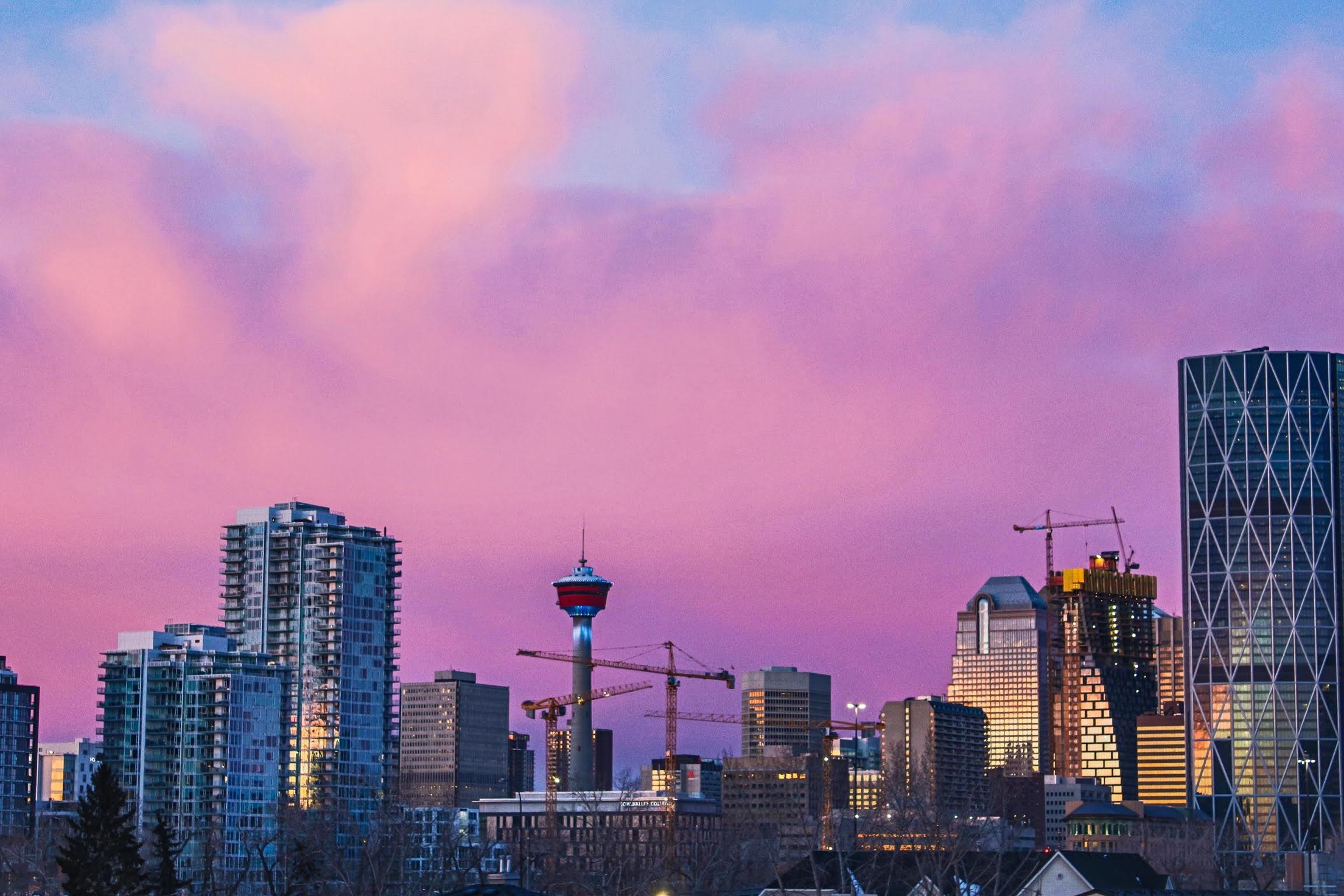 Sunset over downtown Calgary. Image credit Simon Greenwood
