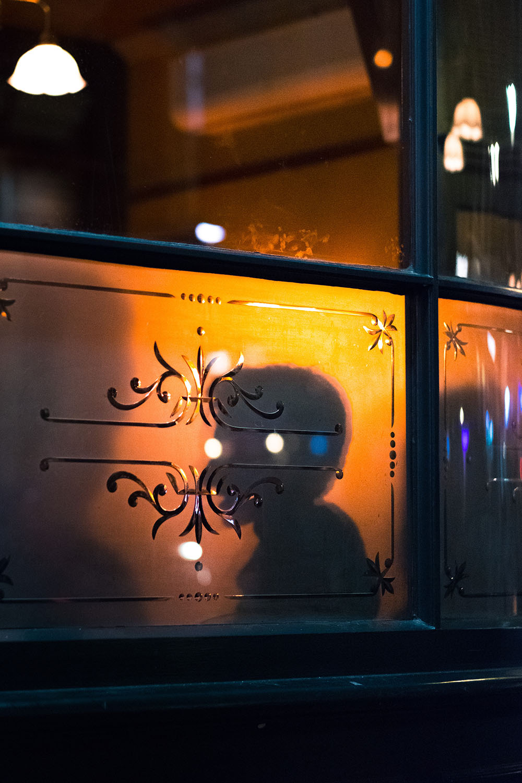 A traditional London pub. Photo Credit: Craig Whitehead