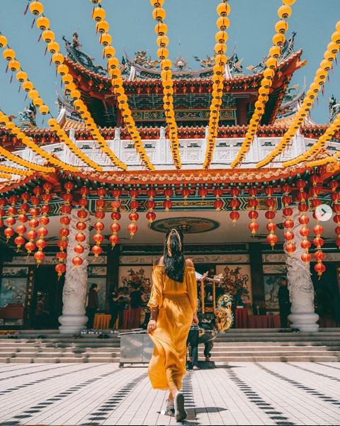 Thean Hou Temple, Kuala Lumpur. Image credit   @hueandsuntravel  .