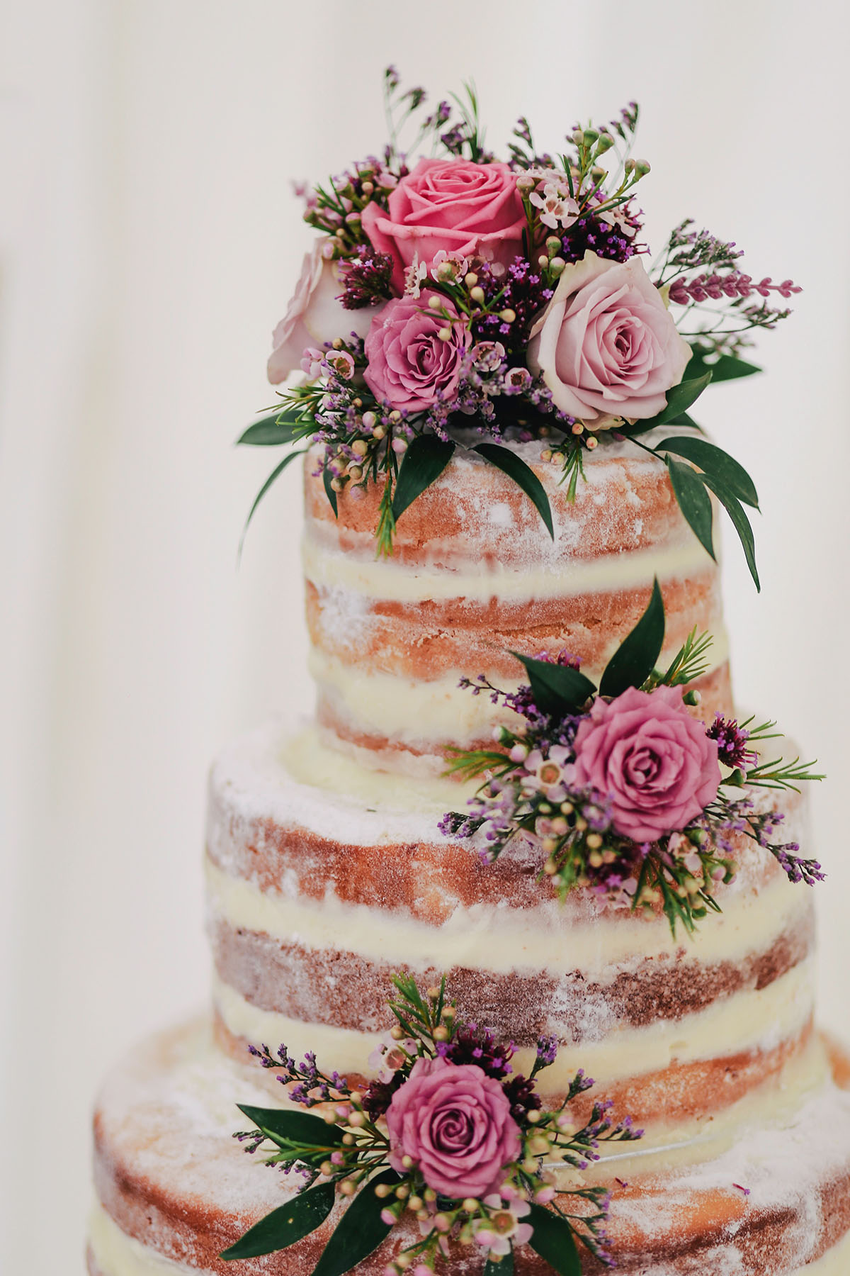 Beautiful decorative wedding cake.