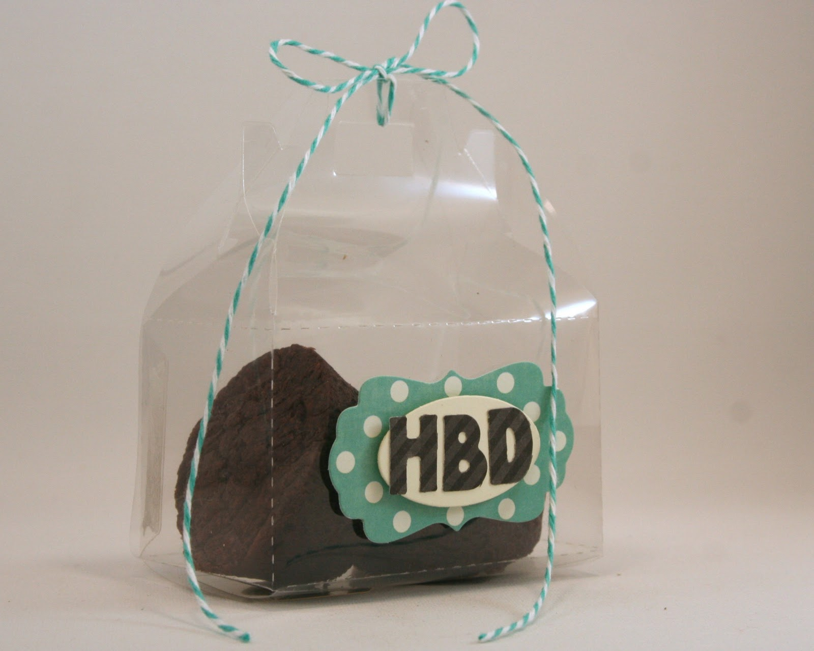 Another  Bakery Box Die project, this time using the  Manhattan Alphabet die. These mini letters are FABULOUS!