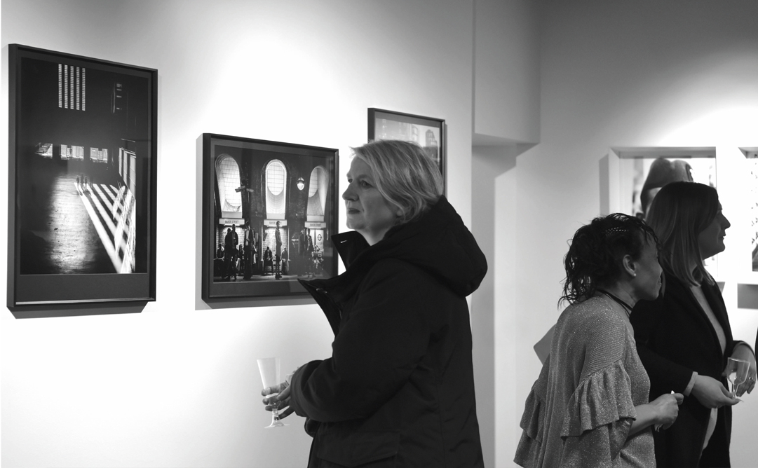 CITY MOMENTS   Peter Murrell  Exhibited Jan 24th - Feb 24th 2018