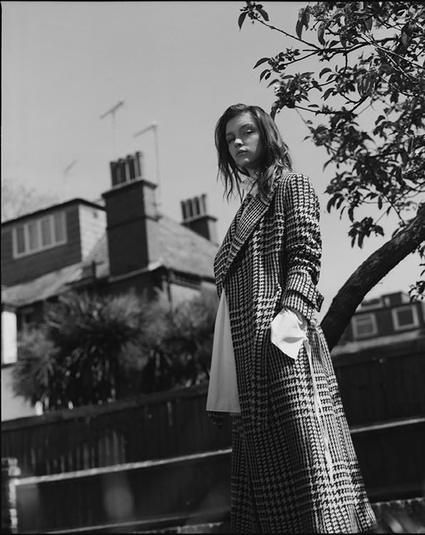 coat  : JCREW   shirt dress  : CECILE BAHNSEN
