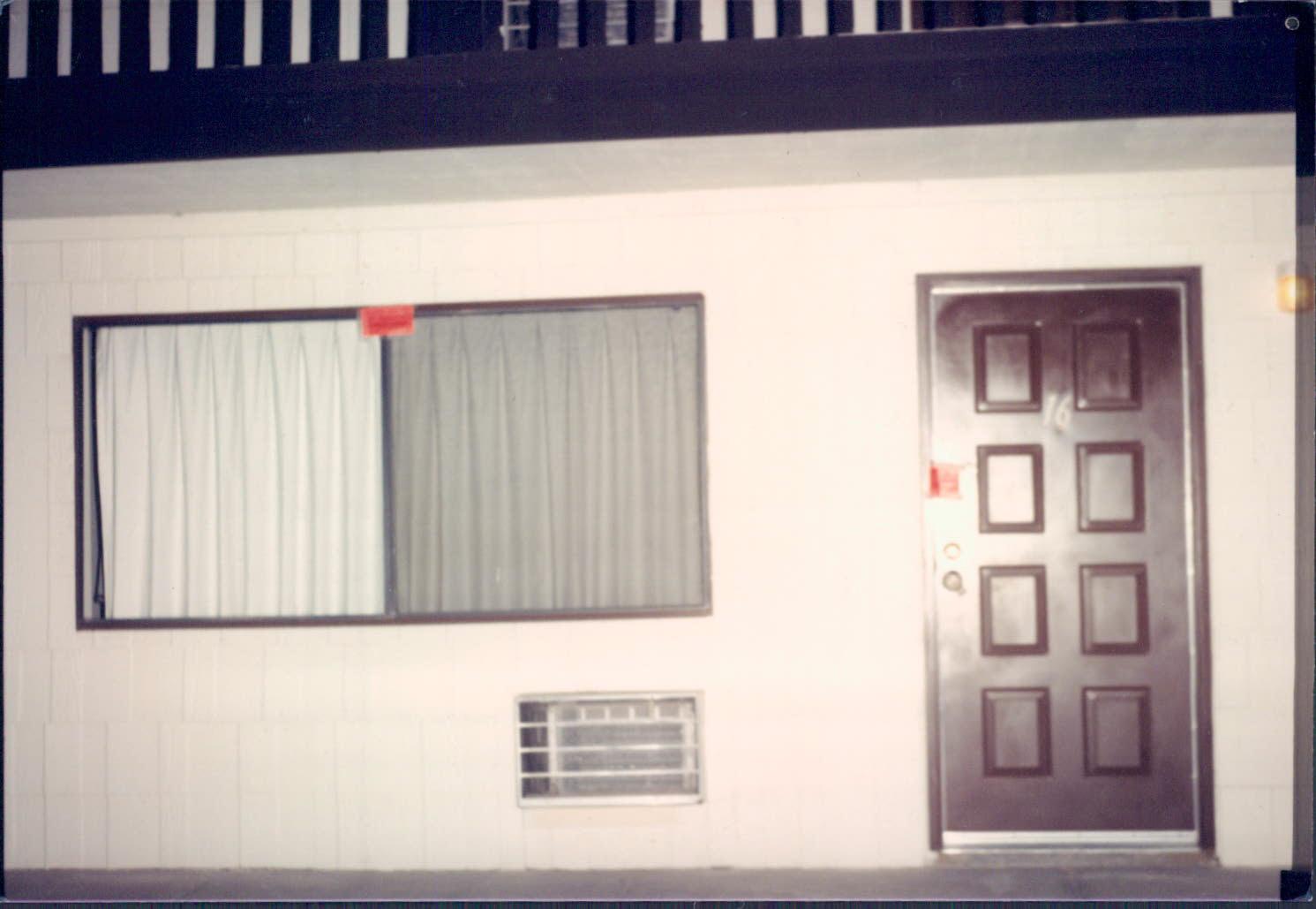 Exterior of Leila Mulla's and Ronald Dunnagan's Las Vegas apartment