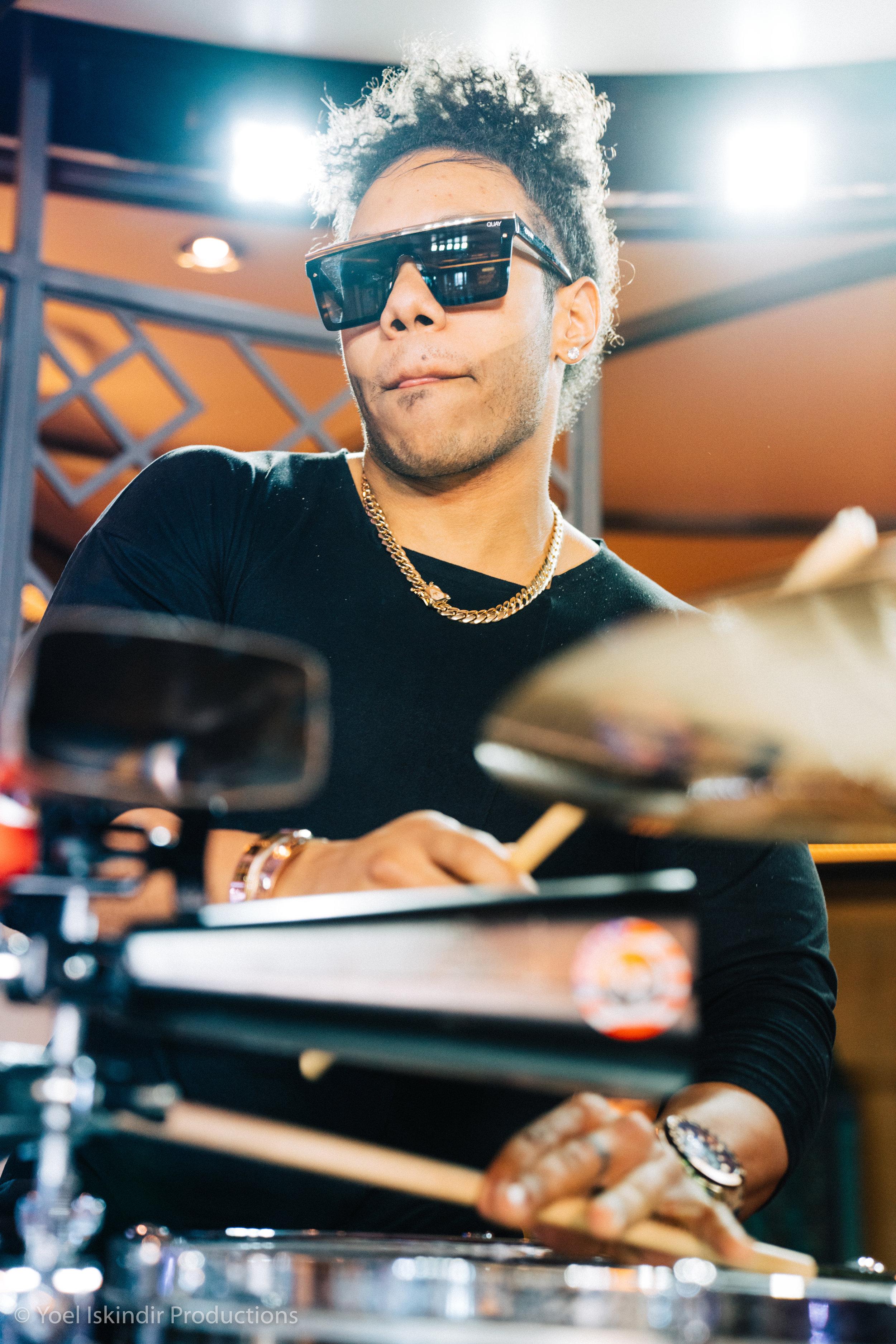 drummer low.jpg