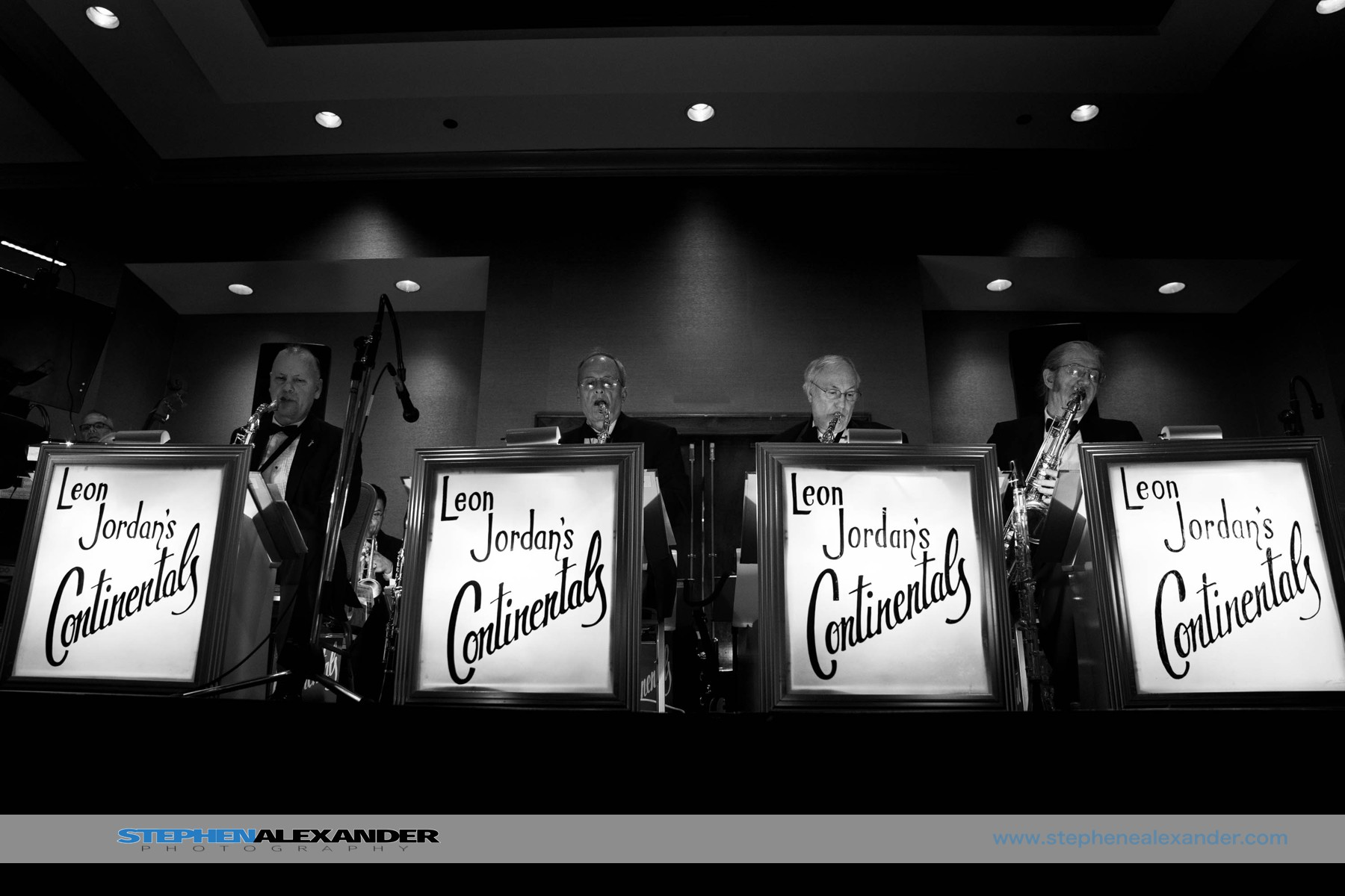 Leon Jordan's Continentals - Amazing!