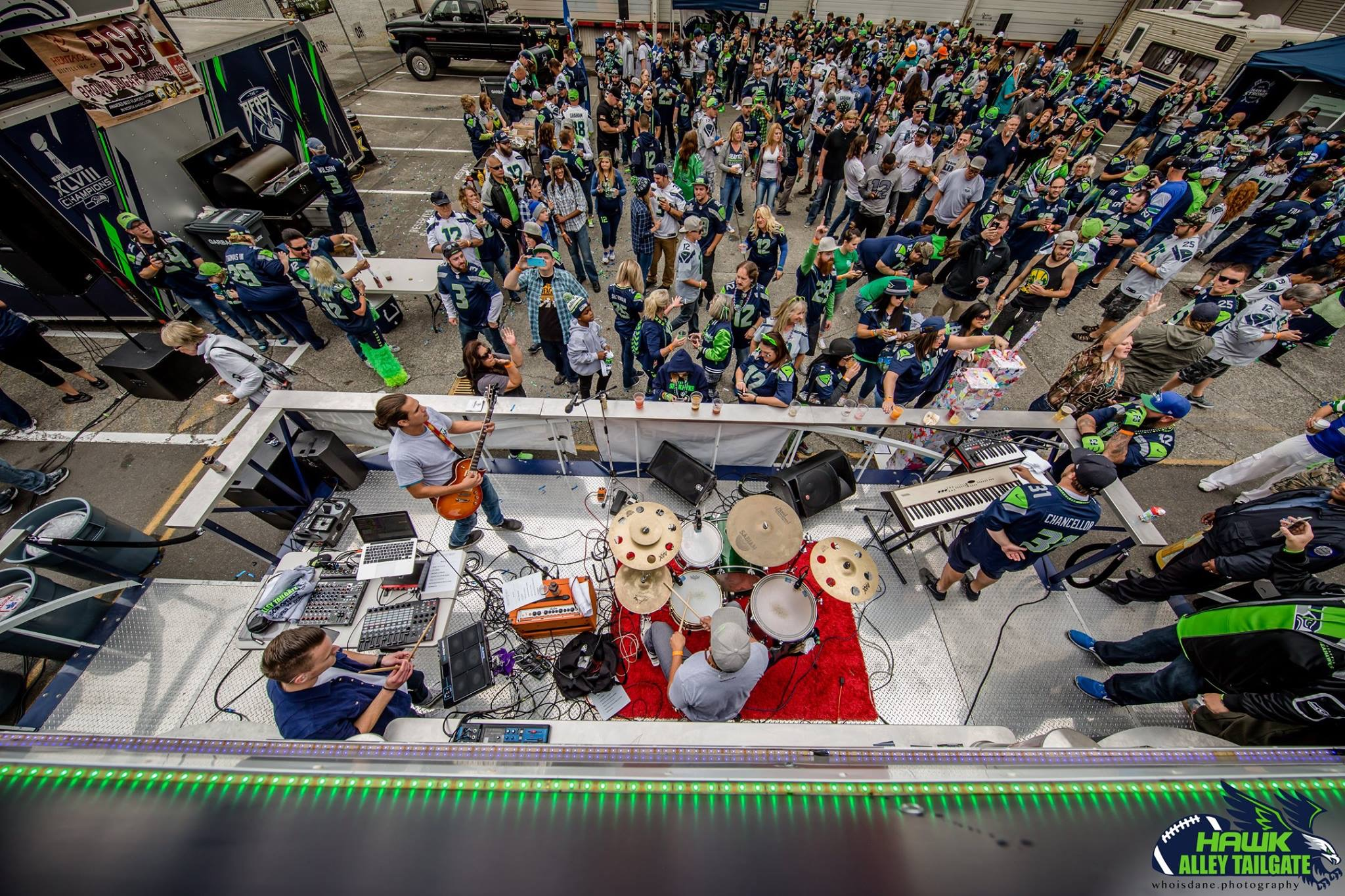 SEAHAWKS BEAST BUS TAILGATE 2016 - CLICK TO VIEW GALLERY