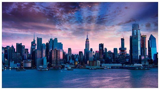 This one's better. #nyc  #manhattanskyline #empirestatebuilding #getolympus #olympusomd #newyork #omd