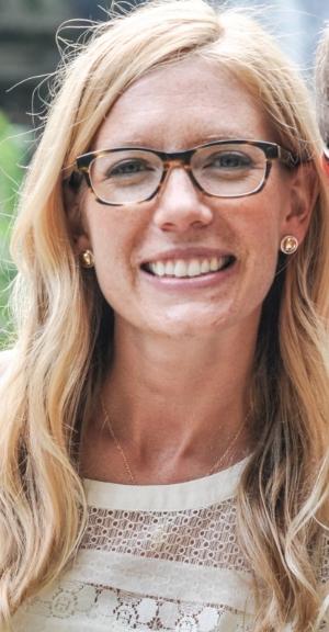 Mackenzie Havey headshot.jpg