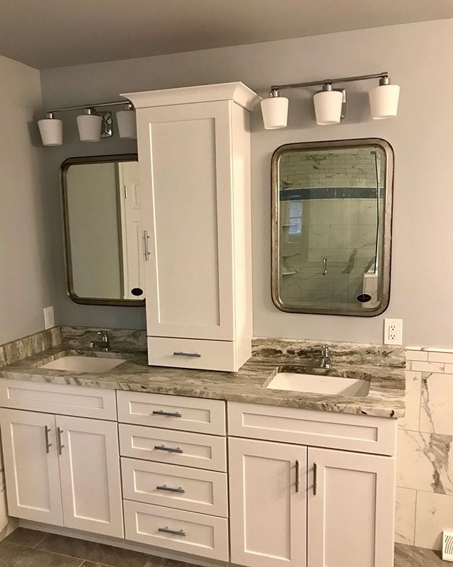 📍Saratoga Springs remodel ⠀⠀⠀⠀⠀⠀⠀⠀⠀⠀⠀⠀⠀⠀⠀⠀⠀⠀ 📸 Wellborn Forest Cabinets ⠀⠀⠀⠀⠀⠀⠀⠀⠀⠀⠀⠀⠀⠀⠀⠀⠀⠀ 💥Supreme box construction  Chiswick Shaker styled doors in Maple! This bathroom remodel really came together with the colors, cabinets are painted in Arctic White. This complete bathroom renovation was completed by V&S Tile and supplied by ADK sales. ⠀⠀⠀⠀⠀⠀⠀⠀⠀⠀⠀⠀⠀⠀⠀⠀⠀⠀ 👉🏻Call us today for your free design consultation! Let's make your dream a reality! 🔥 ⠀⠀⠀⠀⠀⠀⠀⠀⠀⠀⠀⠀⠀⠀⠀⠀⠀⠀ ⠀⠀⠀⠀⠀⠀⠀⠀⠀⠀⠀⠀⠀⠀⠀⠀⠀⠀ #dreamkitchens #adksales #capitalregionny #kitchensofinstagram #kitchencabinets #saratogabathrooms #kitchendesign #custom #custombathroom #wellbornforest #dreambathroom ⠀⠀⠀⠀⠀⠀⠀⠀⠀⠀⠀⠀⠀⠀⠀⠀⠀