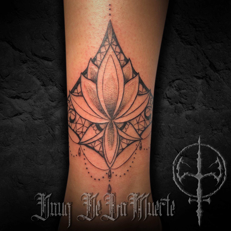 Tattoo_post_lotus.jpg