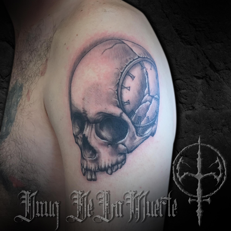 Tattoo_post_template_skullclock.jpg