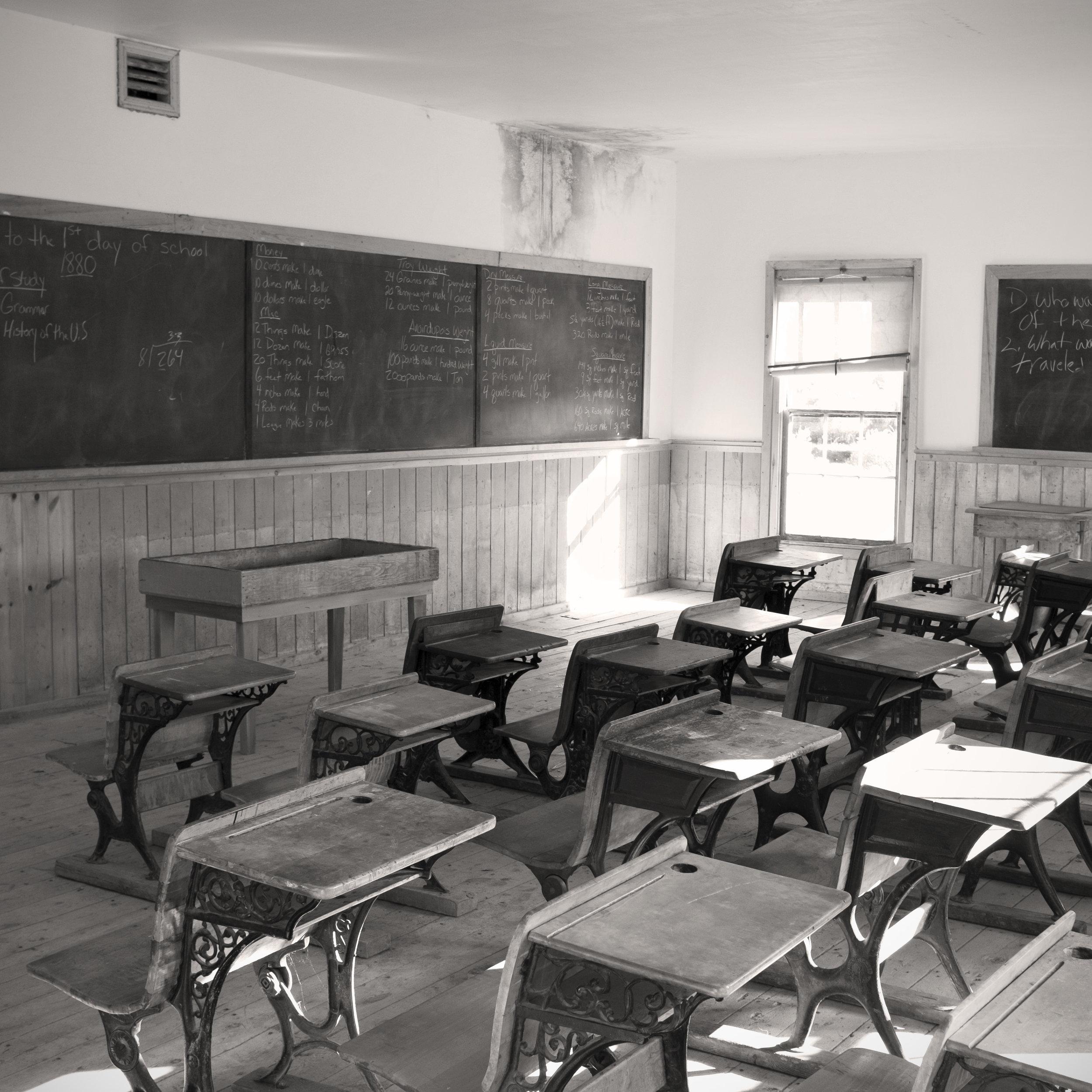 Bannack_School_room.jpg