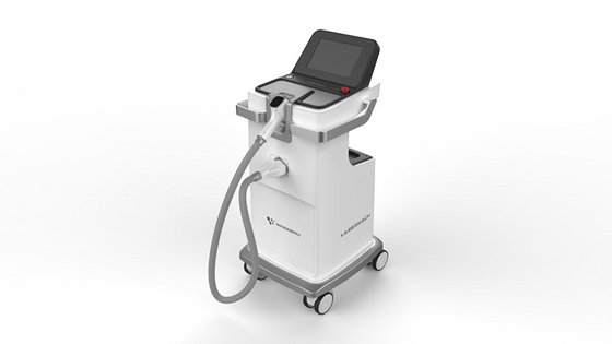 Onze Diode laser staat bekend om de effectieve behandeling; in maar 6 tot 8 behandelingen kan worden afgerekend met ongewenste haargroei.