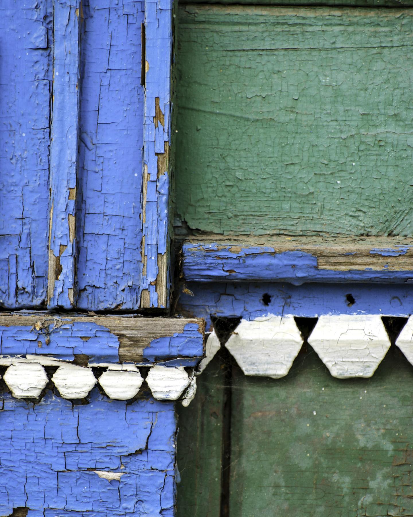 Housepaint, Suzdal, Russia