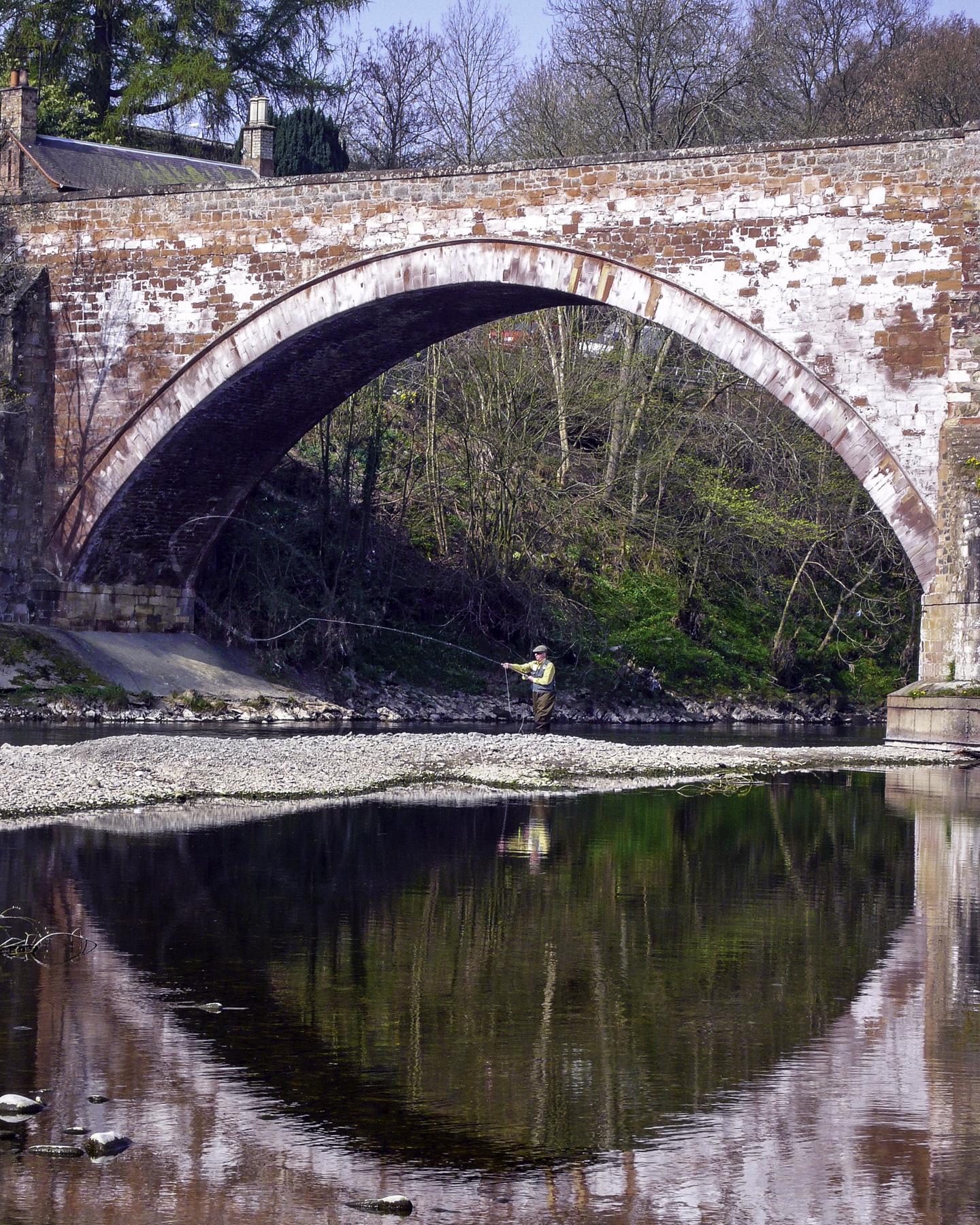 Tweed Fisherman, Bottle Bridge, Melrose