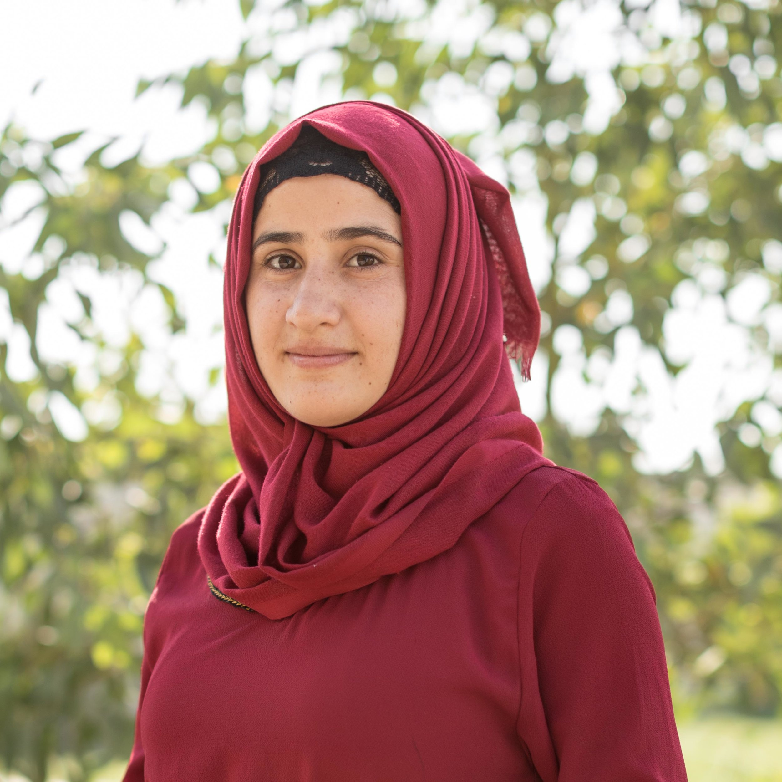 Miaad Yousif - Social CoordinatorMiaad, originally from Sinjar, has been a community volunteer with Lotus Flower since December 2016. Recently accepted to the Department of Psychology at Duhok University, she conducts English for Beginners and literacy courses for women at the Lotus Flower Women's Centre.