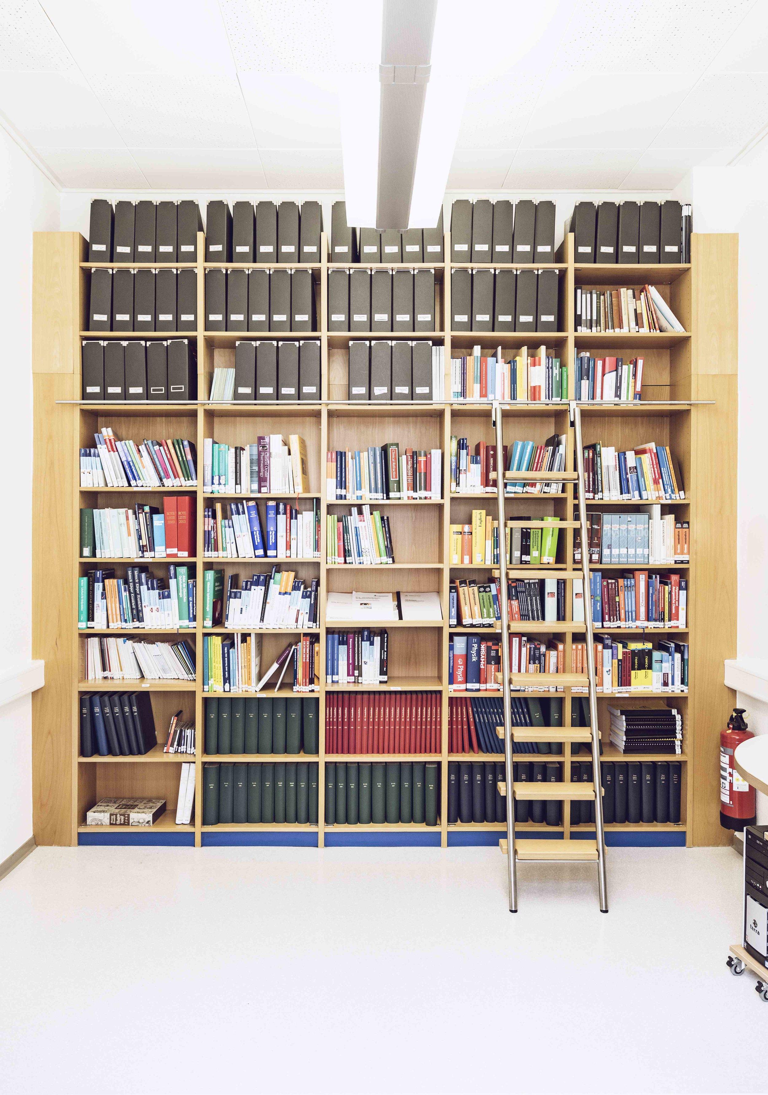 Bibliothek ZVA Akademie der Augenoptik Optik Meisterschule