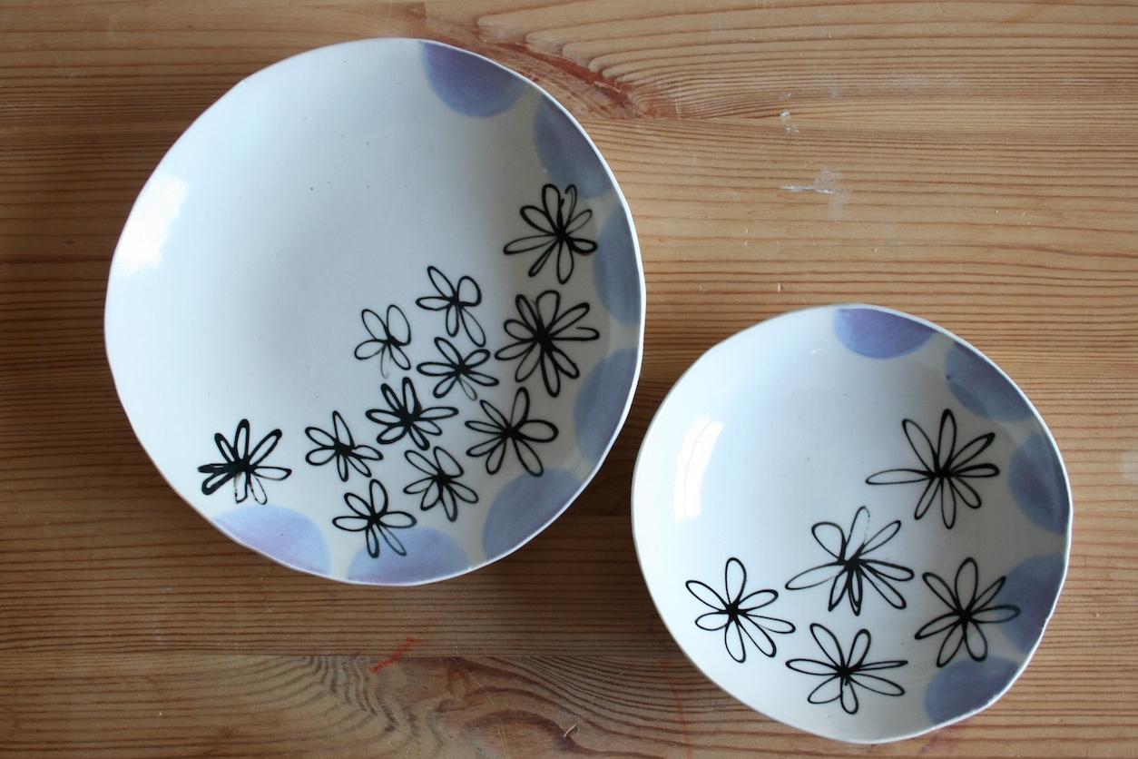 2 purple dot bowls.JPG
