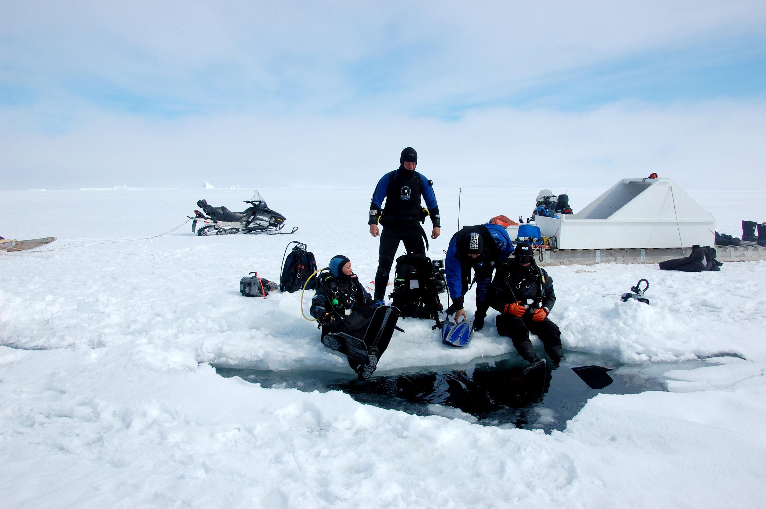 AK_Shore_dive_through_ice_DSC_2237.JPG