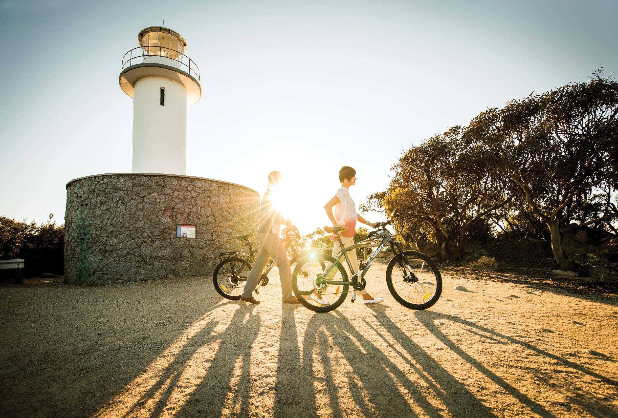 Saffire_Freycinet_Cycling-Lighthouse.jpg