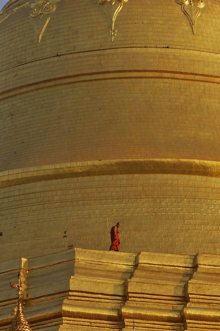 MM-YangonPagoda-02.jpg