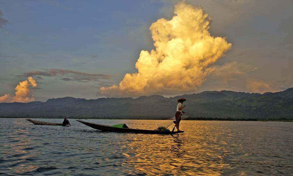 Myanmar-homepage-006-copyright-sanjay-saxena-1000X600.jpg