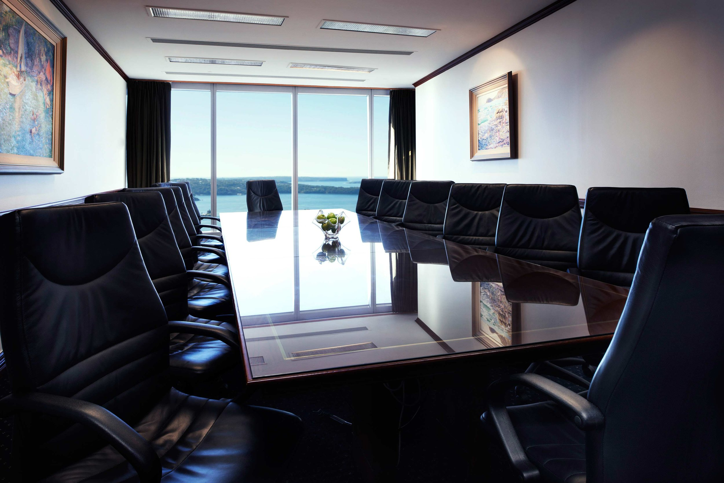 servcorp-chifleytower-sydney-boardroom2.jpg