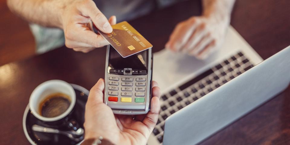 出典: https://www.which.co.uk/news/2018/06/contactless-payments-increase-by-97-but-how-can-you-avoid-fraud/