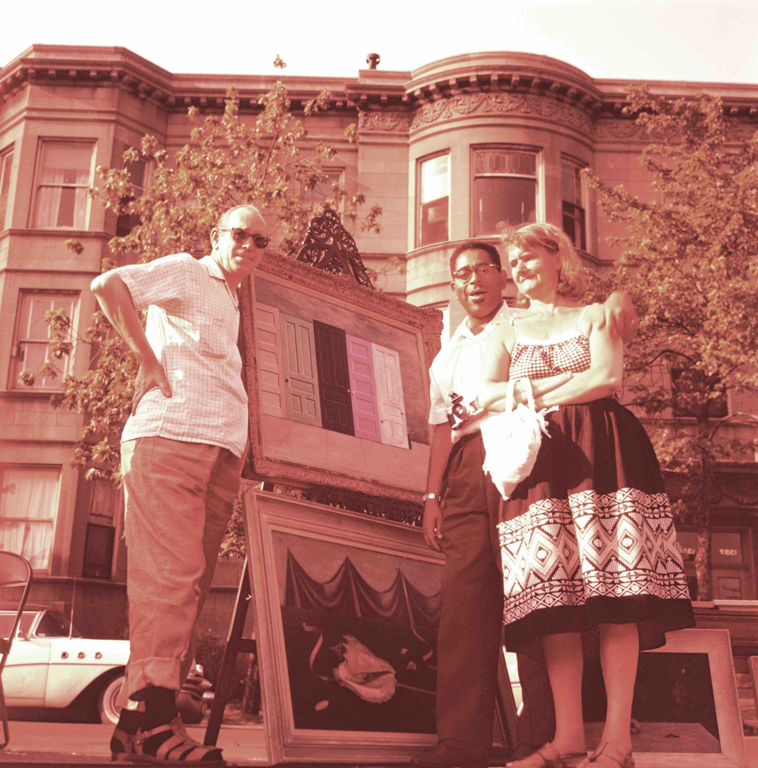 Gertrude Abercrombie, Dizzy Gillespie and Frank Sandiford at an outdoor art exhibition, 1956 Aug. / unidentified photographer. Gertrude Abercrombie papers, 1880-1986, bulk, 1935-1977. Archives of American Art, Smithsonian Institution