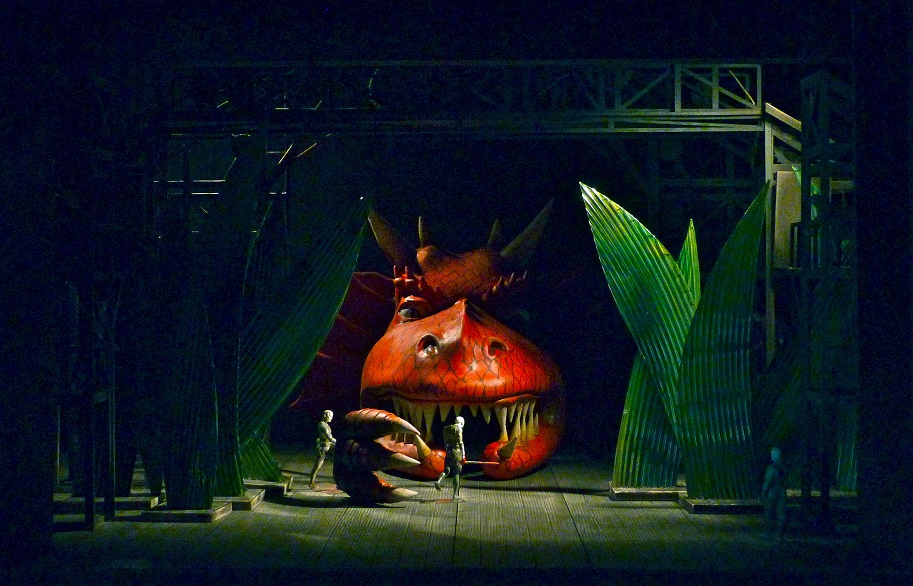 A set design from  Siegfried  from Stefany Phillips