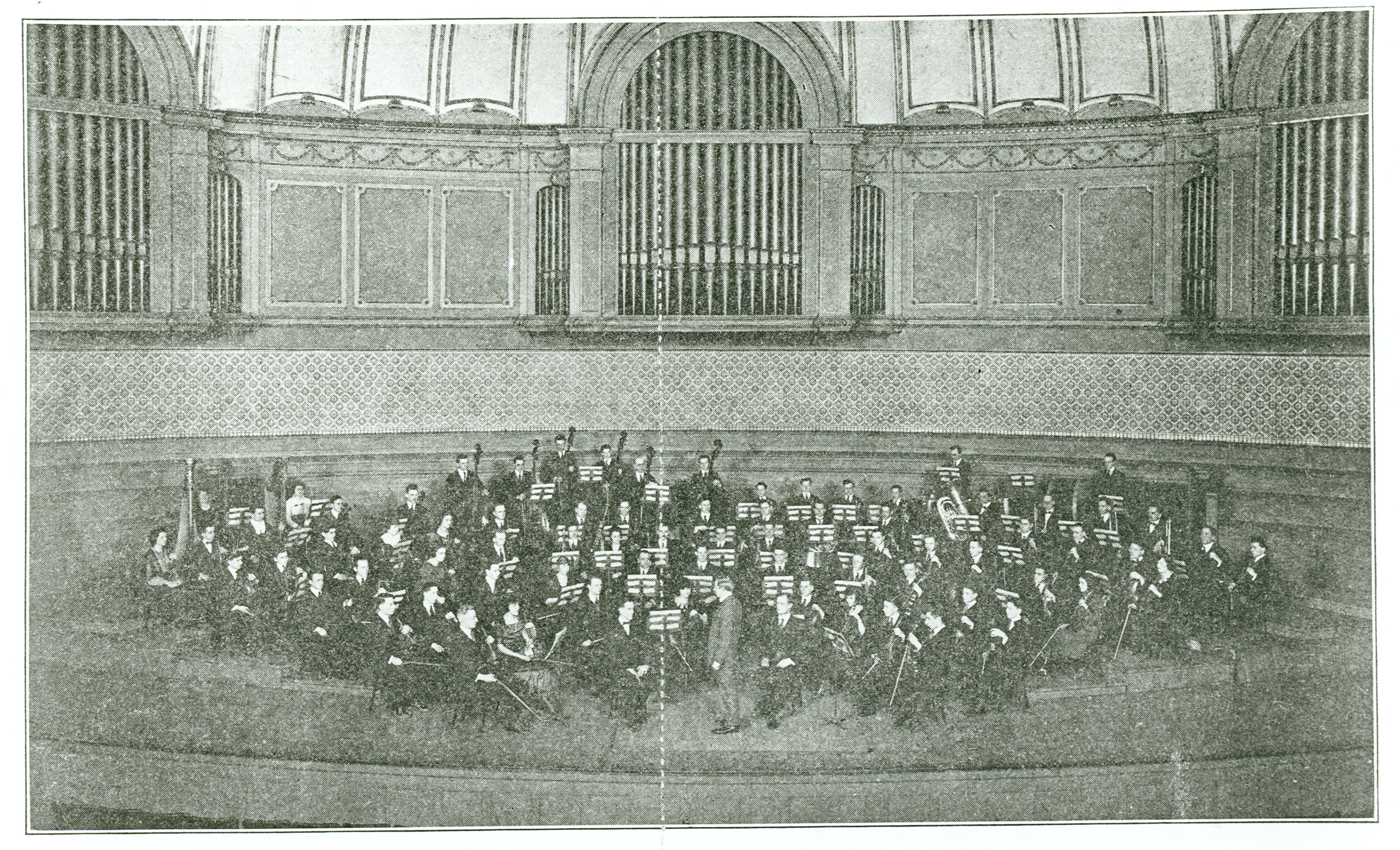 Photo of the Civic Orchestra of Chicago class of 1920. Courtesy of Chicago Symphony Orchestra.