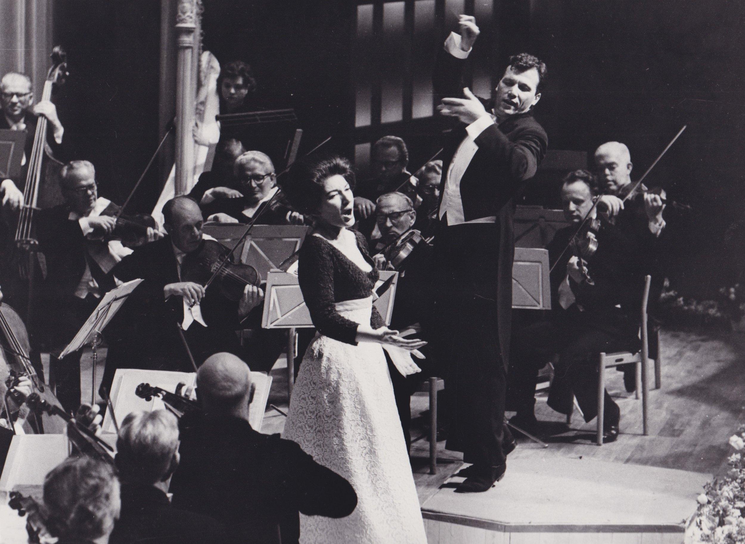 Mari Callas singing