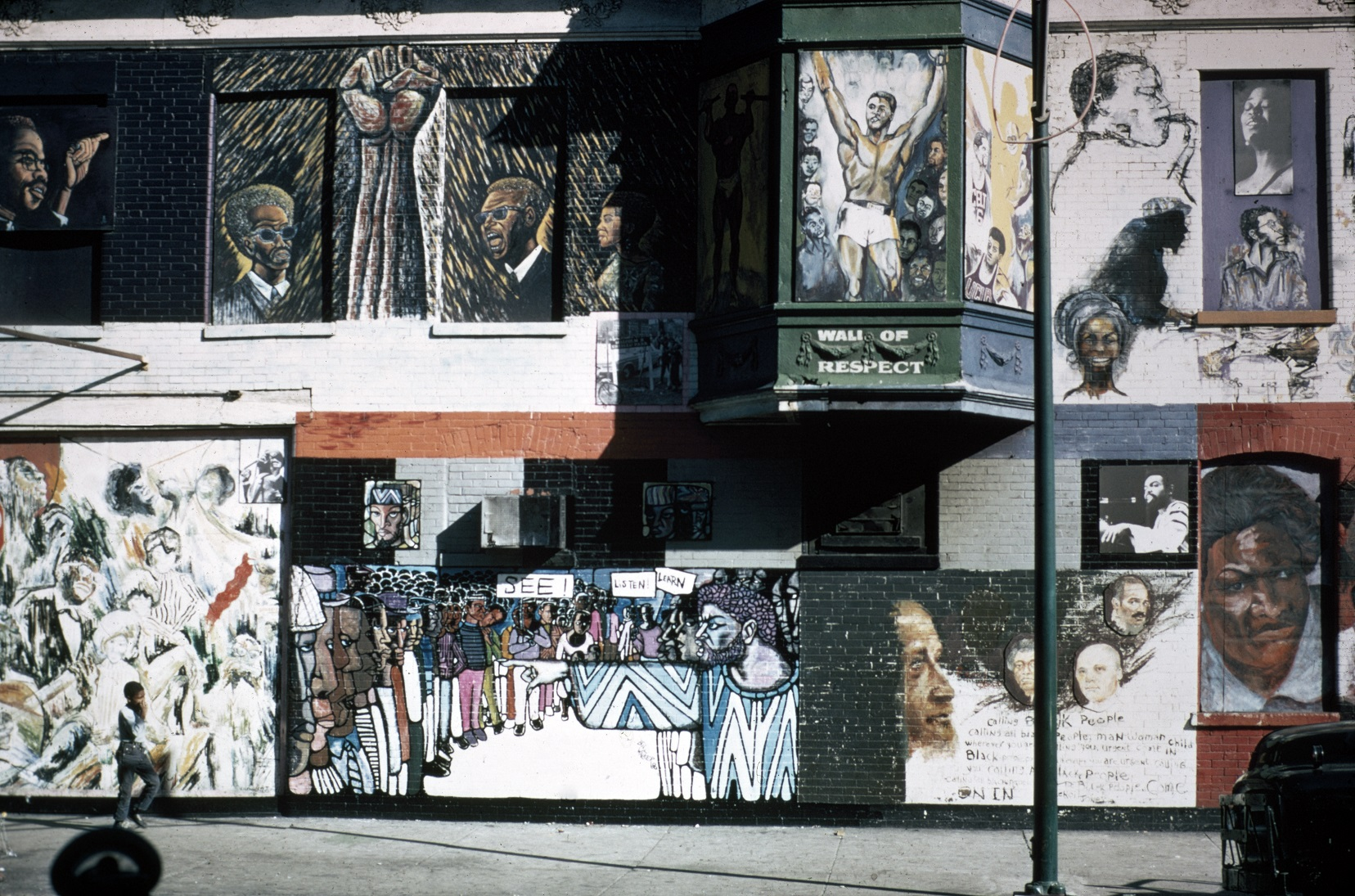 OBAC Visual Artists Workshop and others,  Wall of Respect  (detail showing Eda's Black Power fist), 1968 (now destroyed). Photograph: Georg Stahl Mural Collection, University of Chicago Library
