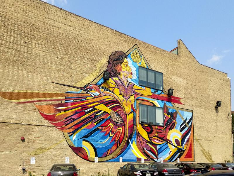 ABRAZANDO LA VIDA, Miguel A. Del Real. Located at 1613 W/ Chicago Ave., Chicago. Photo credit: Ji Yang