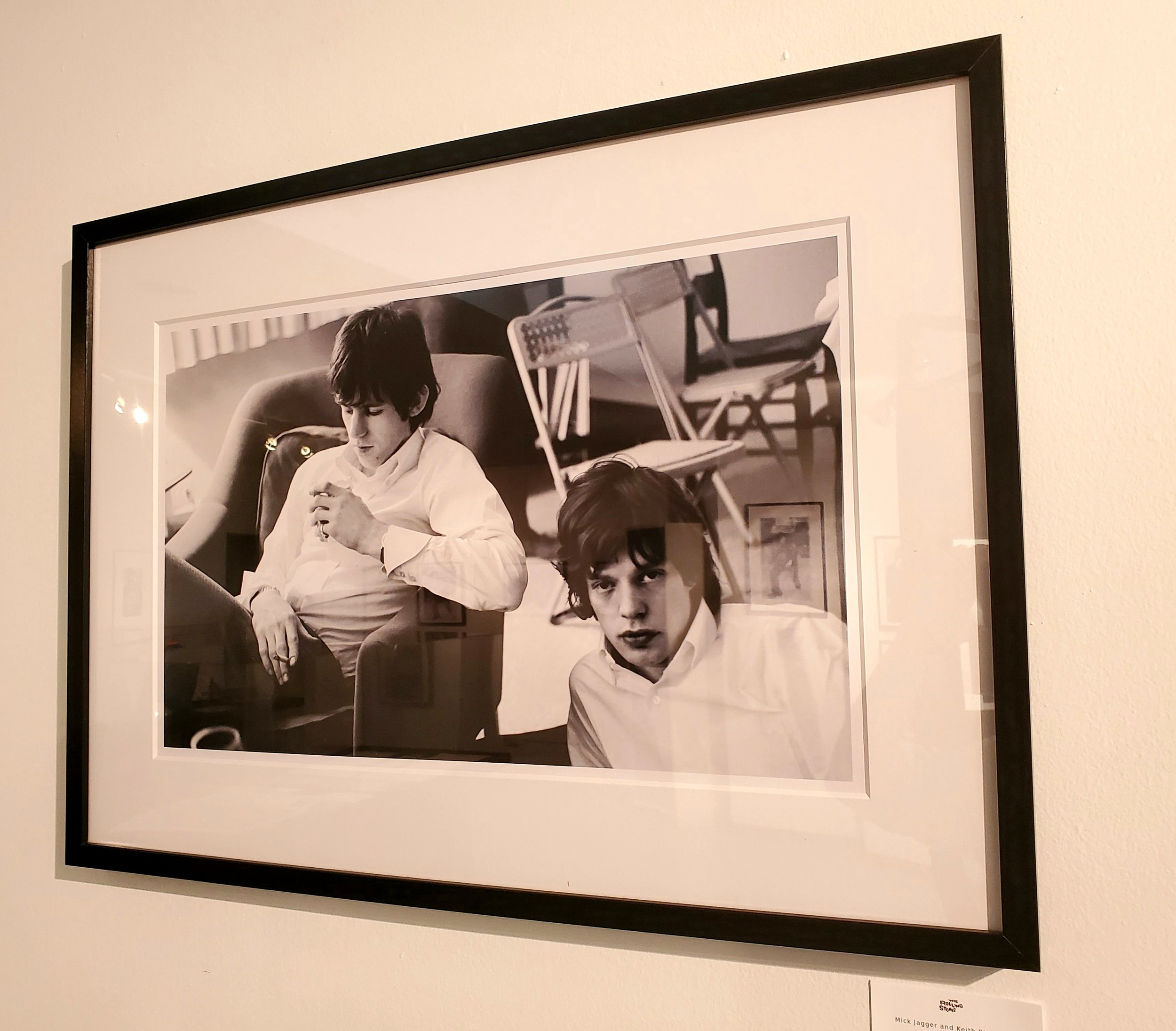 Photo of Keith Richards and Mick Jagger in Chicago in June of 1964