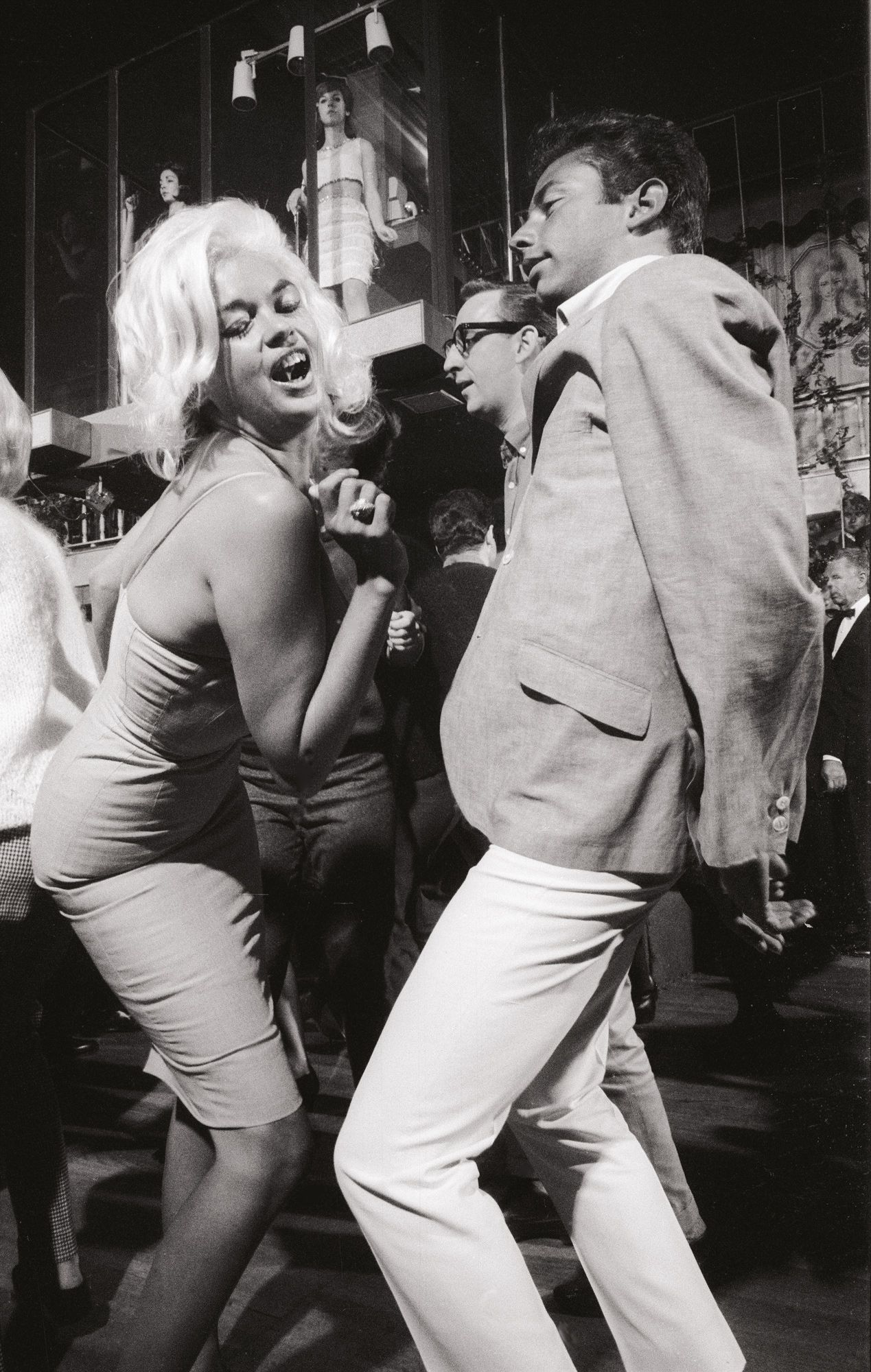 Jayne Mansfield at the Whiskey a Go-Go, Photo credit Julian Wasser