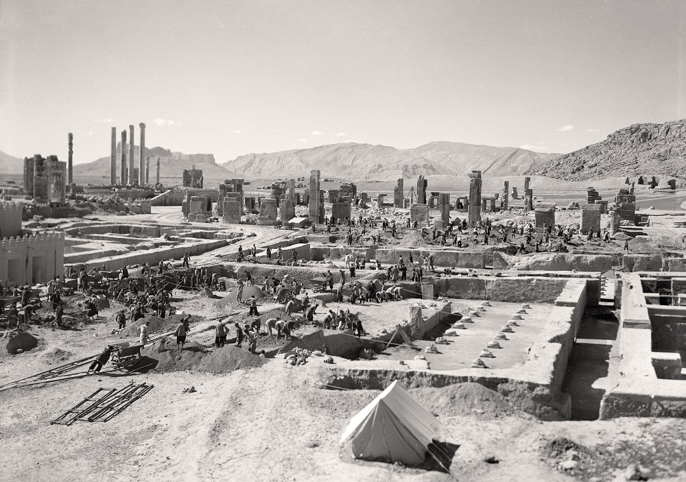 Oriental Institute archaeologists excavating Persepolis, Iraq in 1938. Photo courtesy of the OI