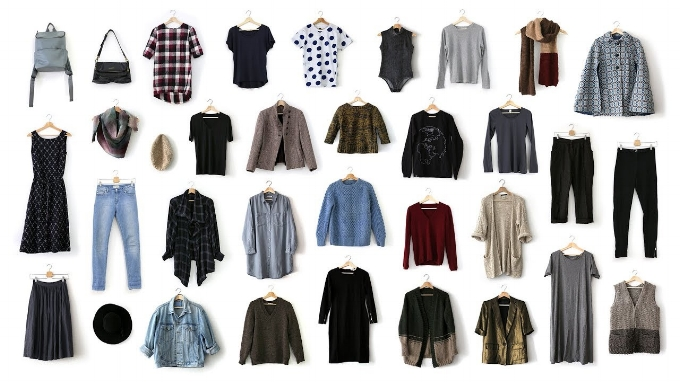 capsule wardrobe organized minimal clothing.jpg